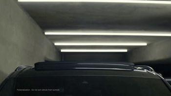 2021 Audi Q7 TV Spot, 'Impossible Park' [T2] - Thumbnail 4