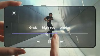 Samsung Galaxy S21 Ultra 5G TV Spot, 'Introducing: Save Up to $700' - Thumbnail 5