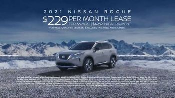2021 Nissan Rogue TV Spot, 'When I Was Your Age: Snow Mode' [T2] - Thumbnail 10