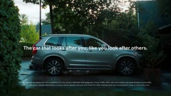 2021 Volvo XC90 TV Spot, 'The Parents' Song by Pete Seeger [T2]