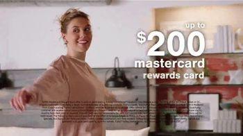 Ashley HomeStore Sale + Clearance Weekend Mattress Event TV Spot, '$300 Ashley Cash' - Thumbnail 9