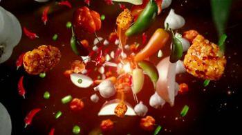 Zaxby's General Tso's Boneless Wings TV Spot, 'Legendary Sauce: Reedem Rewards' - Thumbnail 3