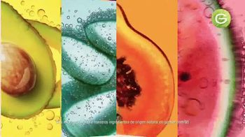 Garnier Fructis Treats TV Spot, 'Súper frutas' canción de Lizzo [Spanish] - Thumbnail 4