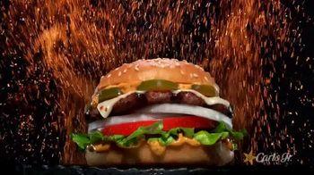 Carl's Jr. Fiery Menu TV Spot, 'Caliente' [Spanish] - Thumbnail 2