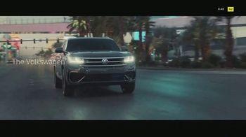 Volkswagen Atlas Cross Sport TV Spot, 'The Accountant Part II' Feat. Paul Giamatti, Kieran Culkin [T1] - Thumbnail 9