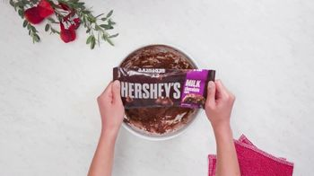 Hershey's Baking Chips TV Spot, 'Chocolate Overload Cookies' - Thumbnail 4