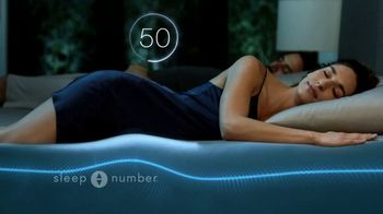 Sleep Number Fall Sale TV Spot, 'Weekend Special: Queen c4 Smart Bed: $1,399' - Thumbnail 5
