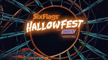 Six Flags Hallow Fest TV Spot, 'Day Thrills, Night Chills: Save Up to 70% on 2021 Season Passes' - Thumbnail 10