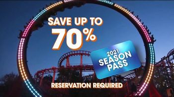 Six Flags Hallow Fest TV Spot, 'Day Thrills, Night Chills: Save Up to 70% on 2021 Season Passes' - Thumbnail 8
