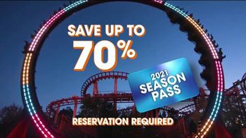 Six Flags Hallow Fest TV Spot, 'Day Thrills, Night Chills: Save Up to 70% on 2021 Season Passes' - Thumbnail 9