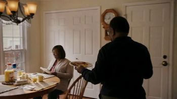 Food Lion, LLC TV Spot, 'Fresh and Affordable for all our Neighbors' - Thumbnail 4