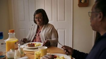 Food Lion, LLC TV Spot, 'Fresh and Affordable for all our Neighbors' - Thumbnail 5