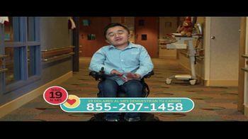 Shriners Hospitals for Children TV Spot, 'Aficiones' - Thumbnail 9