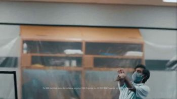 Michelob ULTRA TV Spot, 'Practicing Our Moves' Song by Smoked Sugar - Thumbnail 8