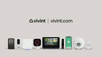 Vivint Doorbell Camera TV Spot, 'The Package Theft That Never Happened' - Thumbnail 7