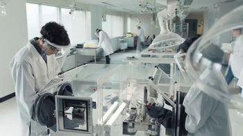 Spectrum Mobile TV Spot, 'Scientist: Save 40%' - Thumbnail 1