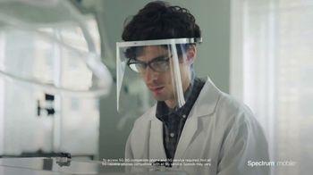 Spectrum Mobile TV Spot, 'Scientist: Save 40%' - Thumbnail 3