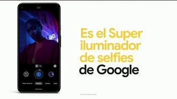Google Pixel 4a TV Spot, 'Iluminador de selfies: $499 dólares' [Spanish] - Thumbnail 5