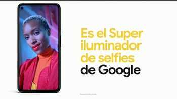 Google Pixel 4a TV Spot, 'Iluminador de selfies: $499 dólares' [Spanish] - Thumbnail 6