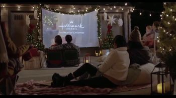 Hallmark Gold Crown Stores TV Spot, 'Share More Merry'