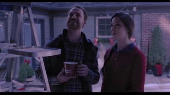 Hallmark Gold Crown Stores TV Spot, 'Share More Merry' - Thumbnail 6