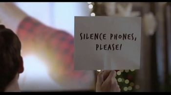 Hallmark Gold Crown Stores TV Spot, 'Share More Merry' - Thumbnail 9