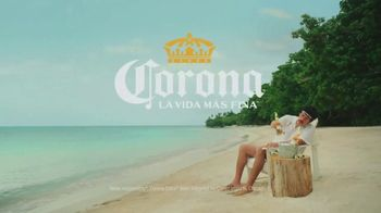 Corona Extra TV Spot, 'Find the Fine Life, Baby' Featuring Bad Bunny - Thumbnail 8