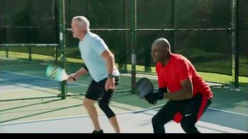 Copper Fit Ice Knee Sleeves TV Spot, 'Motion Activated Menthol' Featuring Brett Favre, Jerry Rice - Thumbnail 2
