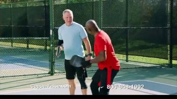 Copper Fit Ice Knee Sleeves TV Spot, 'Motion Activated Menthol' Featuring Brett Favre, Jerry Rice - Thumbnail 7