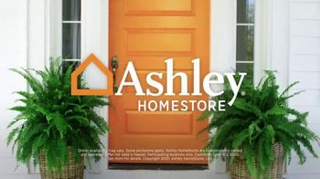 Ashley HomeStore Lowest Prices of the Season TV Spot, 'Beds and Dining Tables' - Thumbnail 9