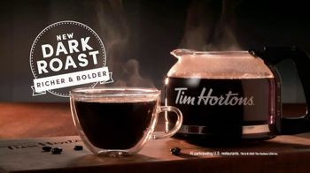 Tim Hortons Dark Roast TV Spot, 'Bold Start' - Thumbnail 8