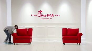 Chick-fil-A TV Spot, 'The Little Things: Birthday Surprise' - Thumbnail 1