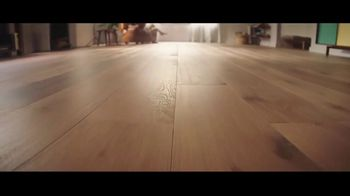LL Flooring TV Spot, 'Bellawood Distressed Oak Floor: Special Financing and Save up to $500' - Thumbnail 1