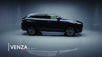 2021 Toyota Venza TV Spot, 'Barrett-Jackson: Premium Feel' [T1] - Thumbnail 2