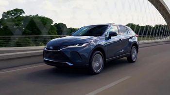 2021 Toyota Venza TV Spot, 'Barrett-Jackson: Premium Feel' [T1] - Thumbnail 7