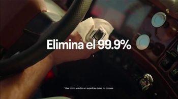 Clorox TV Spot, 'Exterior: gasolinera' [Spanish] - Thumbnail 7