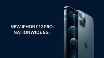 Spectrum Mobile TV Spot, 'Binge Posting: iPhone 12 Pro' - Thumbnail 9