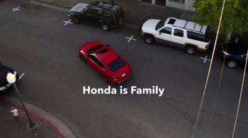2020 Honda Civic TV Spot, 'Neighborhood Pride' [T2] - Thumbnail 10