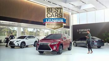 Lexus Winter Collection Sales Event TV Spot, 'Fall In Love' [T1] - Thumbnail 7