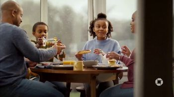 Chase Business Complete Banking TV Spot, 'Zach & Zoe Sweet Bee Farm' - Thumbnail 10