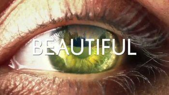 Srixon Golf ZX Irons TV Spot, 'Beauty Is Powerful' Featuring Shane Lowry - Thumbnail 3