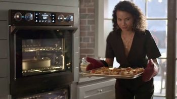 The Home Depot TV Spot, 'New Year, New Appliances: Samsung Kitchen Package' - Thumbnail 2