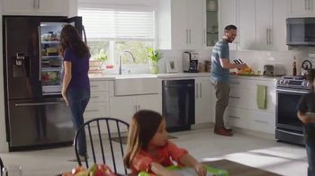 The Home Depot TV Spot, 'New Year, New Appliances: Samsung Kitchen Package' - Thumbnail 8
