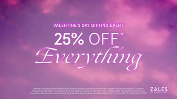 Zales Valentine's Day Gifting Event TV Spot, 'Hello Valentina: 25% Off' - Thumbnail 10