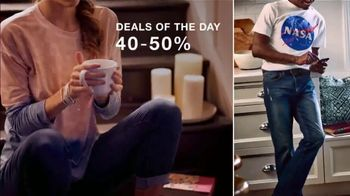 Macy's One Day Sale TV Spot, 'Deals of the Day: Fine Jewelry, Tees, Jeans and Designer Fragrances' - Thumbnail 4