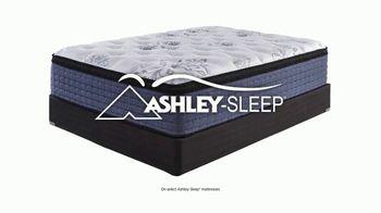 Ashley HomeStore Black Friday Mattress Sale TV Spot, 'Any Size for a Twin' - Thumbnail 4