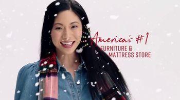 Ashley HomeStore Black Friday Mattress Sale TV Spot, 'Any Size for a Twin' - Thumbnail 7