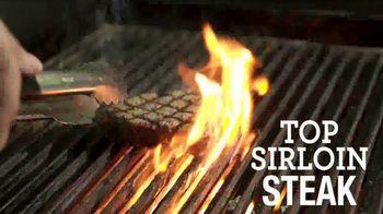 Johnny Carino's Italian Top Sirloin Steak Meal TV Spot, 'Thanksgiving Day' - Thumbnail 4