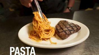 Johnny Carino's Italian Top Sirloin Steak Meal TV Spot, 'Thanksgiving Day' - Thumbnail 5