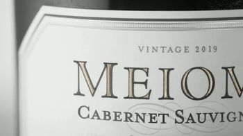 Meiomi Cabernet Sauvignon TV Spot, 'Flavor Forward' Song by Eric B. & Rakim - Thumbnail 2